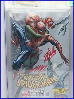 Amazing Spiderman 700 & Superior Spiderman 1 CGC SS 9.8 2x Stan Lee Midtown
