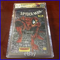 CGC 9.9 Marvel Collectible Classics chromium Spiderman 1 Signature. 4 Exist
